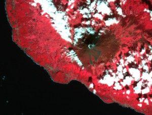 Deimos Azores vulcano zoom